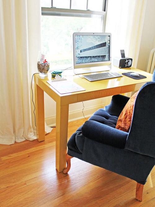 Chọn nơi đặt máy tính trong phòng làm việc