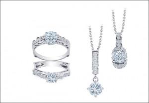 người mệnh Thủy hợp nhất với những loại trang sức như bạc, đá màu trắng hoặc những sắc ánh kim