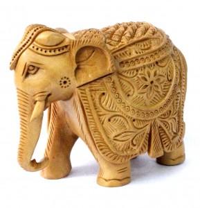 tượng voi được coi là mang đến điềm lành, mang lại niềm vui về con cháu nếu được bày trong nhà
