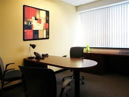 Chọn màu sơn theo hướng của văn phòng