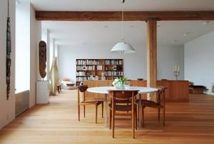 Những không gian chính được thiết kế vuông vức.