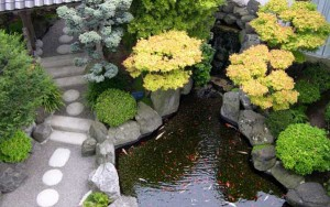 hóa giải phong thủy ao hồ xấu trong sân vườn