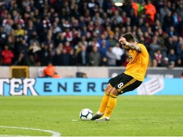 Wolves 3-1 Arsenal: Kẻ thắng người thua
