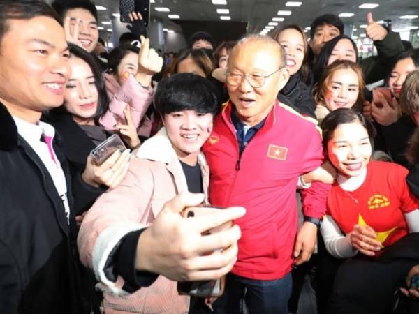 HLV Park Hang Seo viết tâm thư cảm ơn NHM Việt Nam - Hàn Quốc