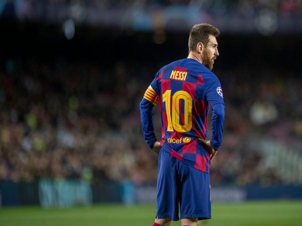 Tin bóng đá chiều 17/8: Messi đề đạt nguyện vọng rời Barca