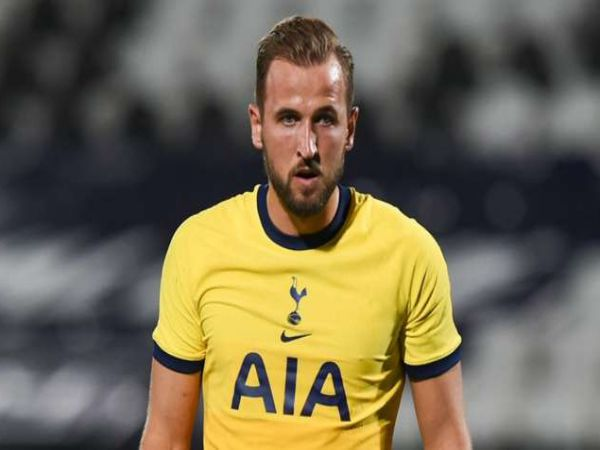 Tin thể thao trưa 12/4: Thảm bại trước MU, Kane muốn rời Tottenham