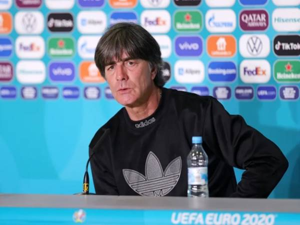 Tin bóng đá sáng 1/7: HLV Low nói lời cuối trước khi rời tuyển Đức