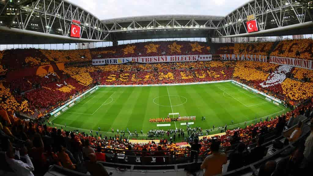 Soi kèo Galatasaray vs Lazio, 23h45 ngày 16/9